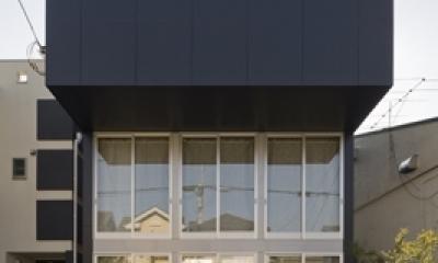 外観(撮影:淺川敏)|和賀材木座の家 — 空(くう)の箱 —
