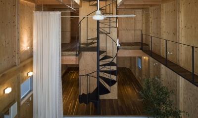 エントランスホール(撮影:淺川敏)|和賀材木座の家 — 空(くう)の箱 —