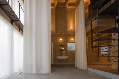 浴室-closed1(撮影:淺川敏) (和賀材木座の家 — 空(くう)の箱 —)