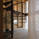 和賀材木座の家 — 空(くう)の箱 —の写真 螺旋階段1(撮影:淺川敏)