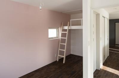 子供部屋 (中二階が繋ぐ家)