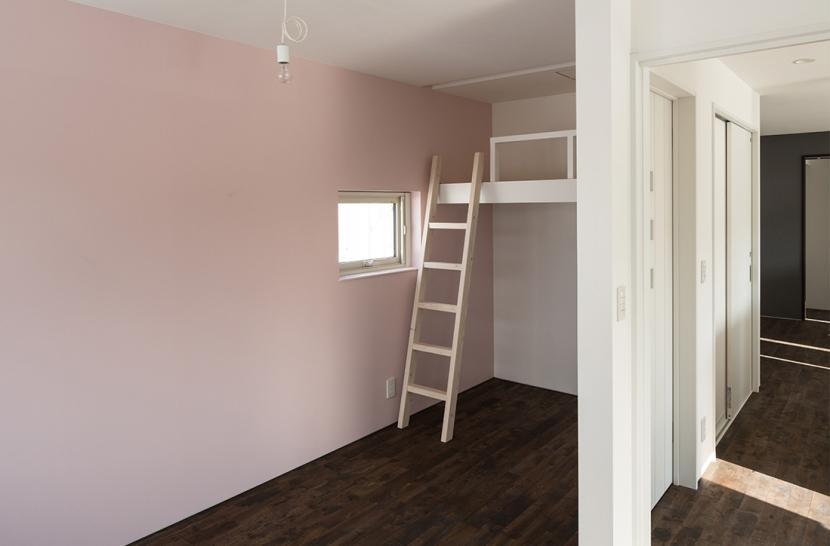 中二階が繋ぐ家の部屋 子供部屋