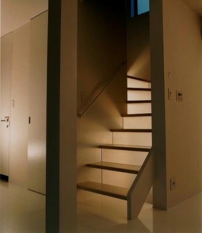 溝の口リノベーション (階段)