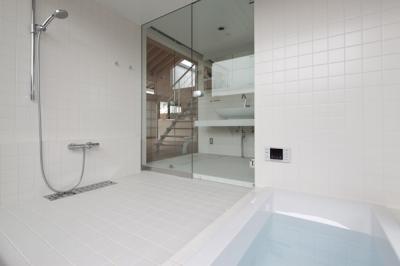 浴室(撮影:淺川敏) (佐野の大屋根)