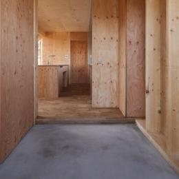 上麻生の家 (玄関-2(撮影:淺川敏))
