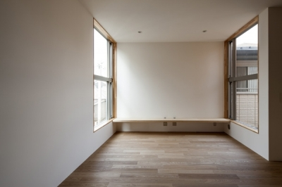 ベッドルーム1(撮影:淺川敏) (武蔵境の家)