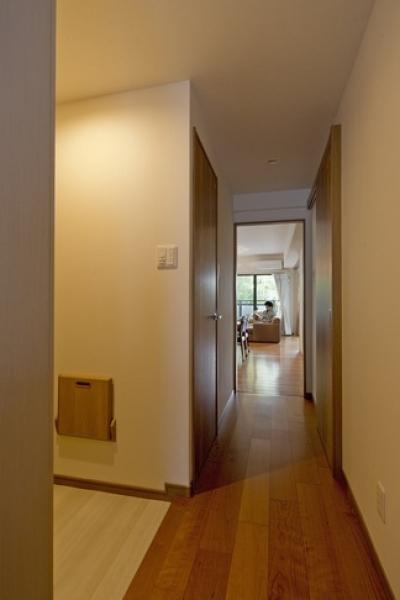 廊下 (物件購入からリノベーション、ローン手続きまで一任できる楽しい「中古リノベ」が実現)