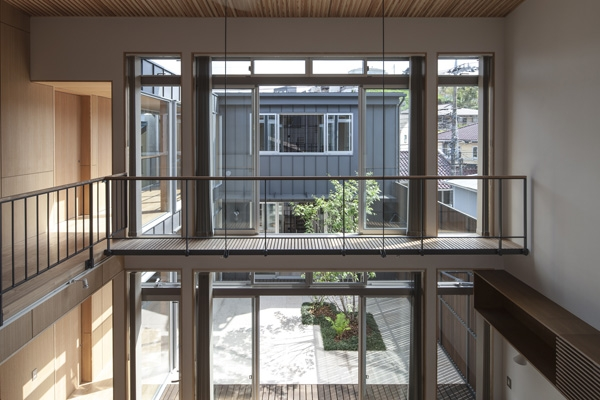 上大岡の家の部屋 3階からの眺め(撮影:淺川敏)