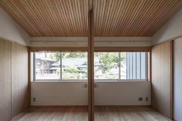 上大岡の家の部屋 ベッドルーム1(撮影:淺川敏)