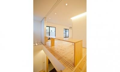 『岩槻の家』可変間取りの子世帯とペットと暮らす親世帯の二世帯住宅 (LDK-1(撮影:永石写真事務所))