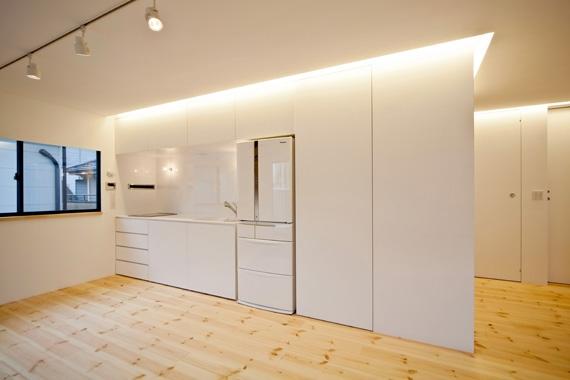 131-houseの部屋 キッチン(撮影:永石写真事務所)