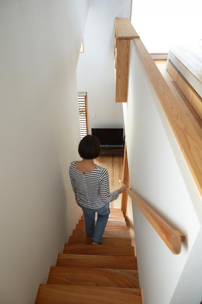 南大塚の住宅〜故郷の土間がある家〜の部屋 階段