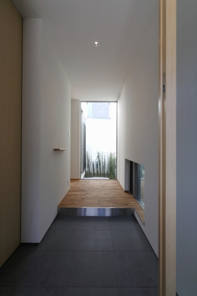 田島の住宅 (玄関ホール)