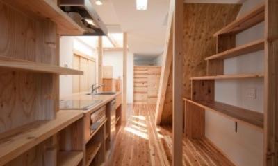 路地のある家 (キッチン)
