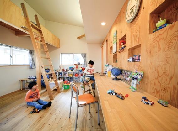 路地のある家の写真 子供部屋2