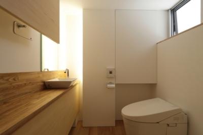 トイレ (見渡しの家)