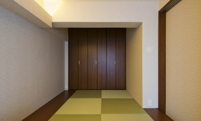 ペニンシュラ型キッチンはホテルライクリノベーションによくお似合い (和室)