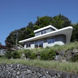 陽傘の家 (外観1(撮影:鳥村鋼一))