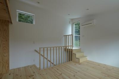 ベッドルーム2(撮影:鳥村鋼一) (陽傘の家)