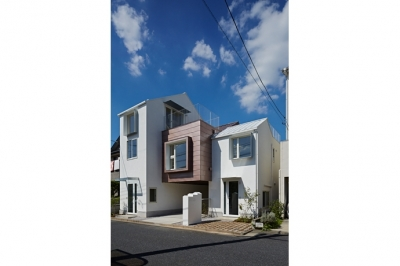 sandwich apartment (外観1(撮影:鳥村鋼一))