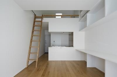 sandwich apartment (Room2-キッチン(撮影:鳥村鋼一))