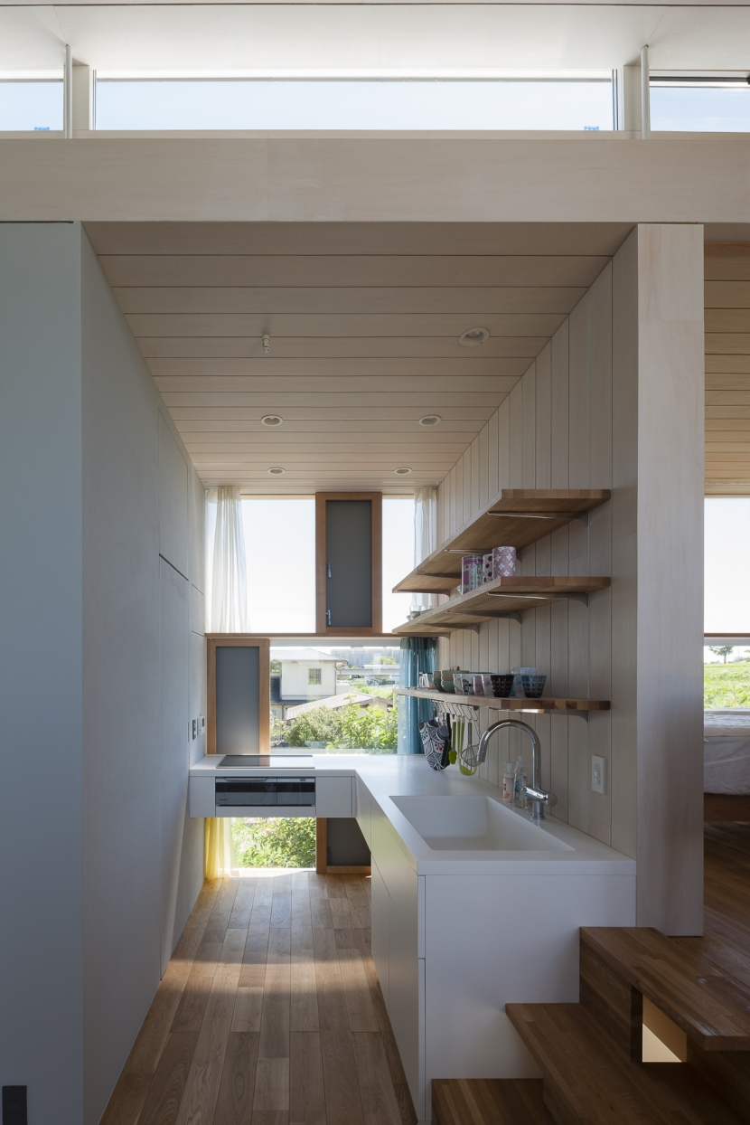 建築家:井原正揮「風景を通す家」