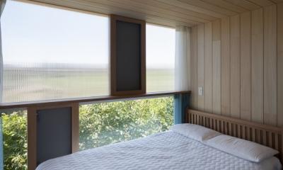 風景を通す家 (寝室)