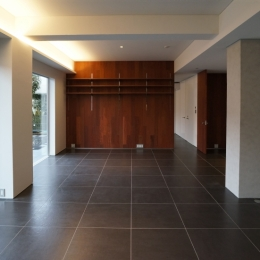 HMR [黒床の家] (LDK4)