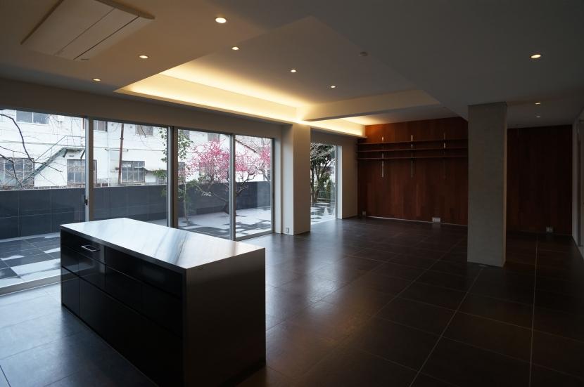 建築家:近藤 正隆「HMR [黒床の家]」