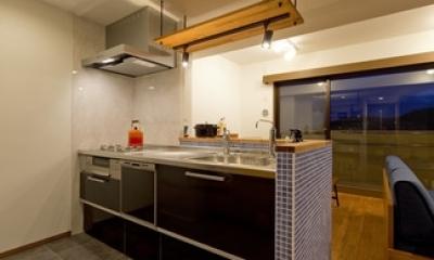 大好きなインテリアに囲まれて「すっきり」暮らすSimple Life (キッチン1)