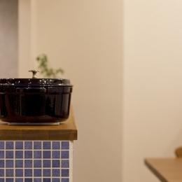 大好きなインテリアに囲まれて「すっきり」暮らすSimple Life (キッチン2)