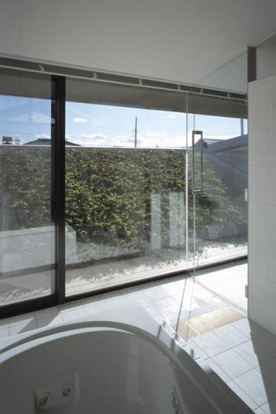 浴室 (前橋の家)