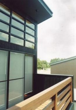 HOUSE IN (バルコニー)