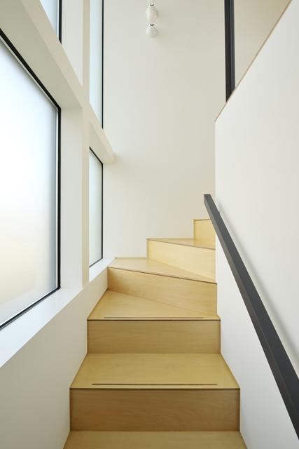 focus canvasの部屋 階段スペース(撮影:KEN五島)