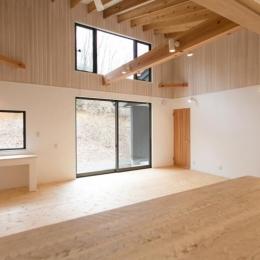 IZUMI HOUSE (木のぬくもりのあるリビング)