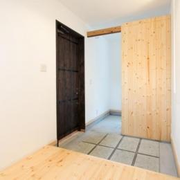 IZUMI HOUSE (玄関スペース(内部))