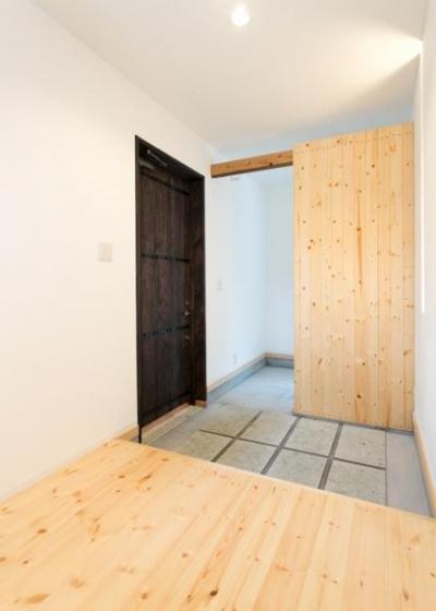 玄関スペース(内部) (IZUMI HOUSE)