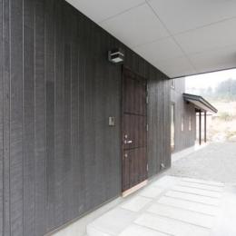 IZUMI HOUSE (玄関スペース(外部)1)