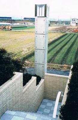 コンクリート構造の住宅設計 (外灯)