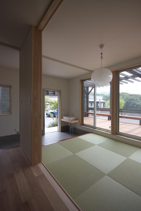 建築家:森 敬幸「ぶどう棚の家」