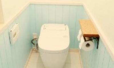 """フレンチカラードアの可愛い""""さくらの見える家"""" (フレンチカラーなトイレ)"""