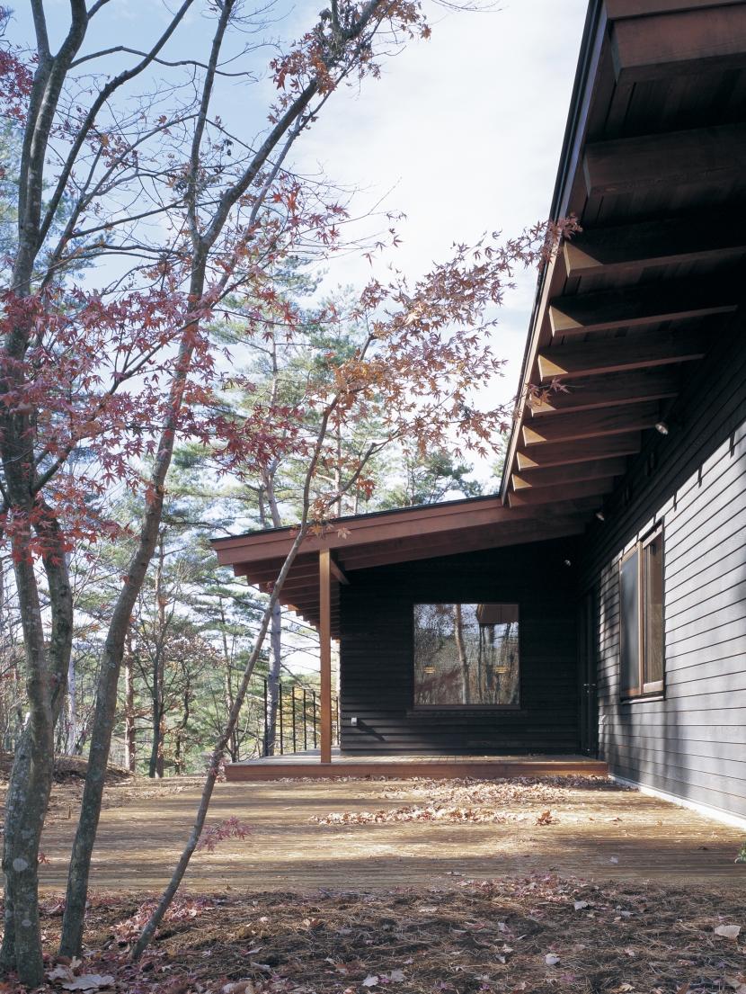 津野恵美子「富士山麓の家」