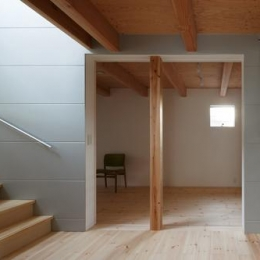 house AA (1階の個室(撮影:KAI NAKAMURA))