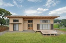 雉やまの家 (自然に囲まれた外観2)