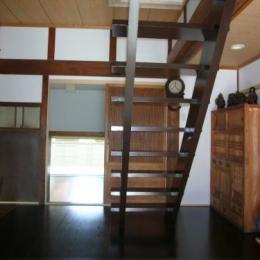 スケルトンの階段 (Wa邸)