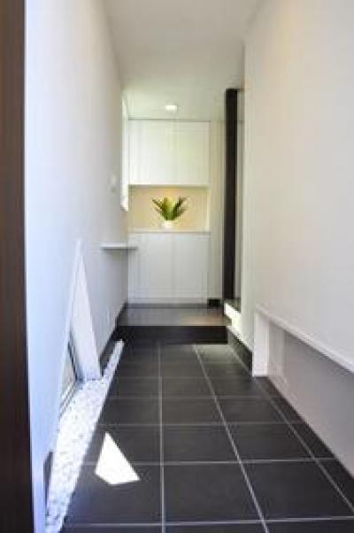 洗足の家 (玄関)
