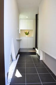 洗足の家の部屋 玄関