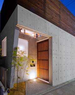 東区 アオダモの家の写真 外観-玄関(撮影:車田写真事務所)