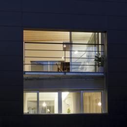 光と風を共有する家-親子で光と風を共有する開口1