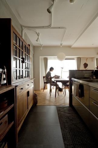 ヘリンボーンと大好きな和民芸の部屋 キッチン2